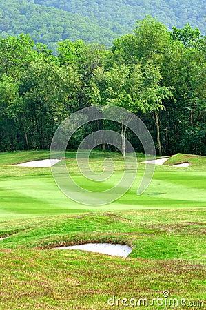 Campo do golfe
