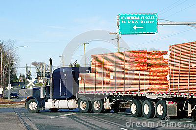Canadian products use a commercial vehicle lane to import goods into