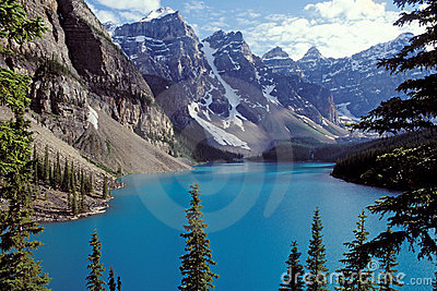 Canadian Rockies - dayscene 1