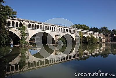 Canal du Midi aqueduct, Beziers