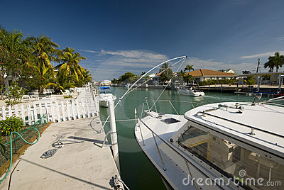 Canalboats homes florida keys