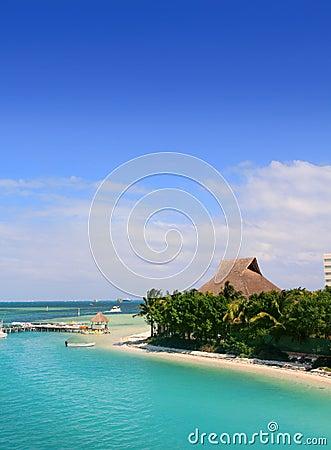 Лагуна Cancun Мексики и карибское море