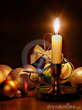 Free Candle And Christmas Balls Stock Images - 1356414