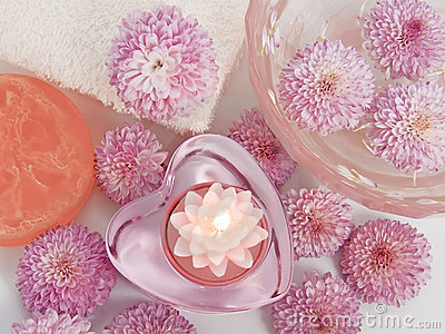 Candle, floating chrysanthemums for relaxation