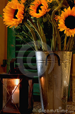 Free Candle Light Sunflowers Stock Photography - 201342