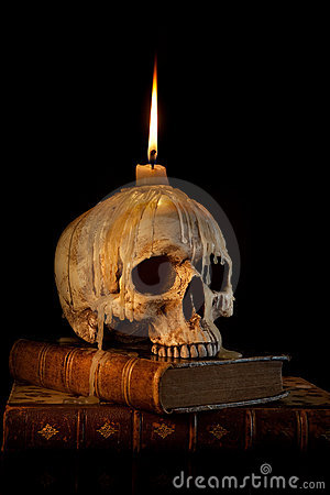 Free Candle On Skull 1 Royalty Free Stock Photos - 10698498
