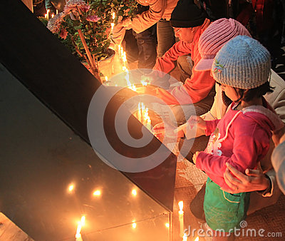 Candlelit ceremony in support of gangrape victim s death at India Editorial Stock Image
