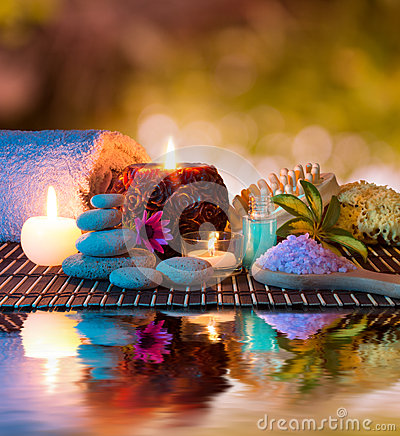 Free Candles And Tower White Stones And Towel, Sponge And Salt On Water Stock Photos - 30187093