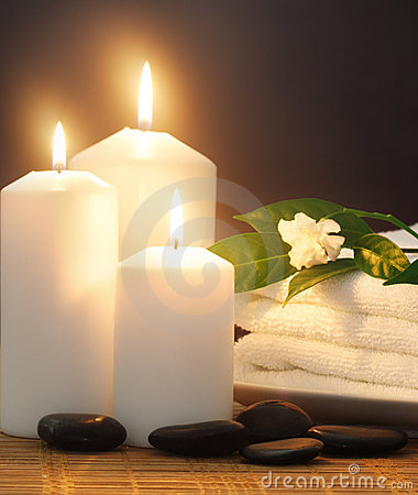 Free Candles,towel And Lilac Stock Photos - 2956383