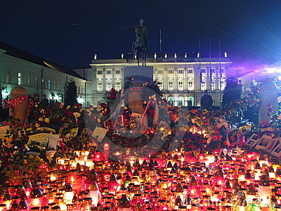 Candles in Warsaw (Presidential Palace) Editorial Photo