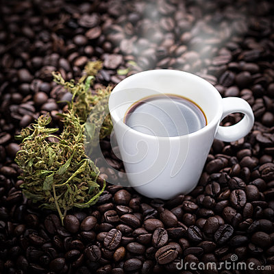 Free Cannabis Coffee Cup Royalty Free Stock Photos - 60517338