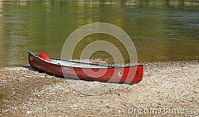 Canoe slipped on Danube bank