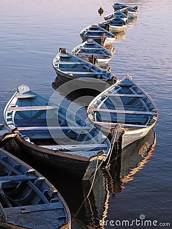 Free Canoes Royalty Free Stock Photos - 1334718