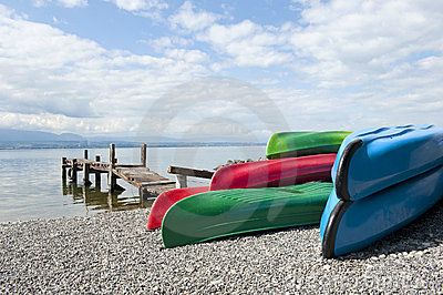 Canoes at Lake Leman