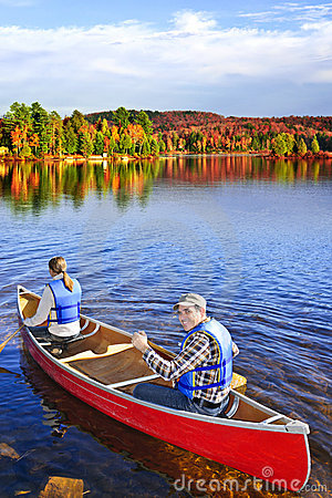 Canoing in fall