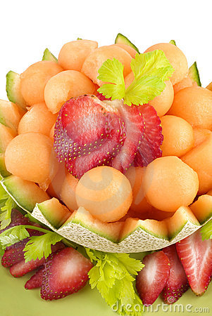 Free Cantaloupe Melon Balls And Strawberries Stock Photography - 8723472