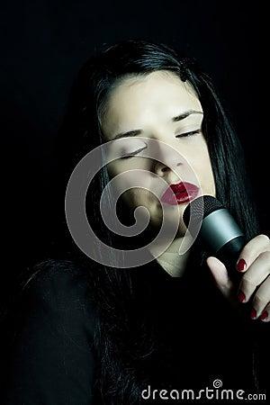 Cantante hermoso