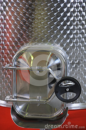 Capacity from stainless steel for wine.