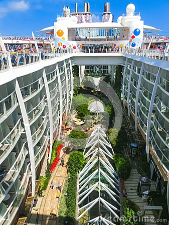 Free Cape Canaveral, USA - April 30, 2018: The Central Park At Cruise Liner Or Ship Oasis Of The Seas By Royal Caribbean Royalty Free Stock Photos - 119825788