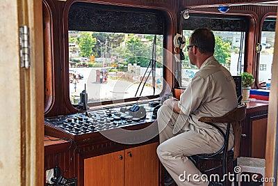 Comandi barca