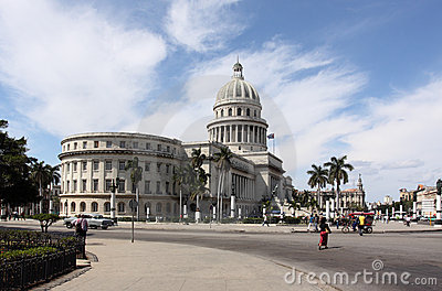 Capitol street view in havana, cuba Editorial Stock Image