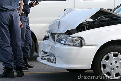Car crash and police