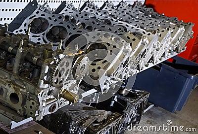 Car cylinder heads