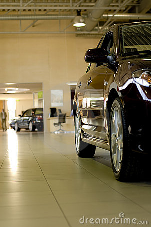 Free Car In Showroom Royalty Free Stock Images - 3188139