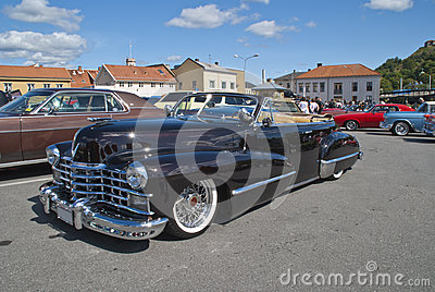 Am car meeting (cadillac convertible 1947)