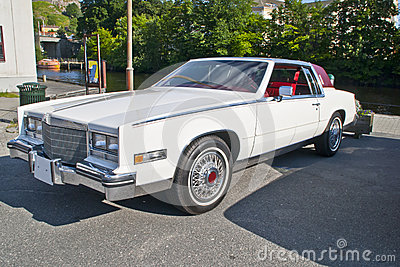 Am car meeting in halden (1984 cadillac eldorado)