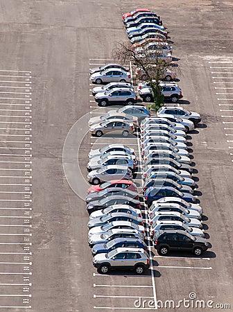 Free Car Parking Stock Photos - 15770163