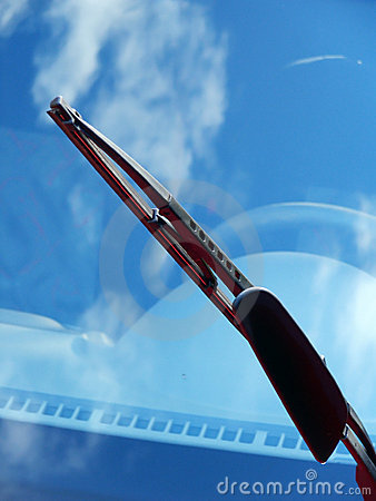 Free Car Windshield Wiper With Reflection Royalty Free Stock Photos - 1509288