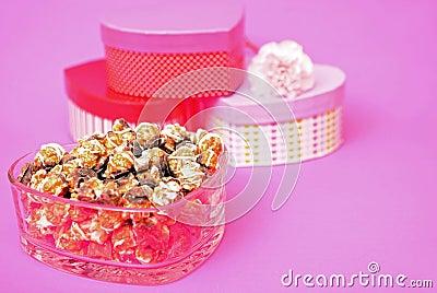 Caramel and chocolate popcorn