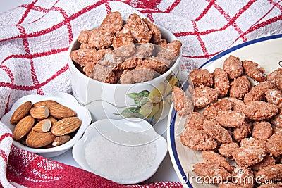 Caramelized almonds