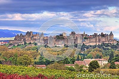 Carcassonne筑了堡垒于城镇