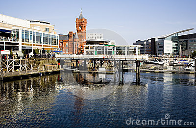 Cardiff bay scene