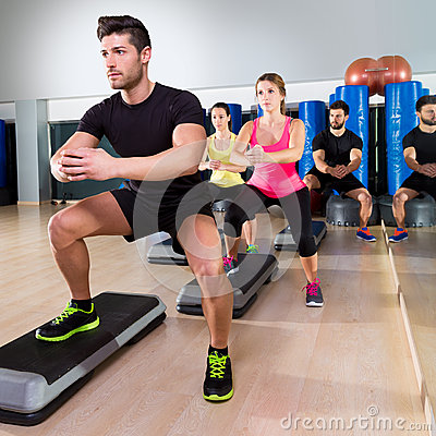 Free Cardio Step Dance Squat Group At Fitness Gym Stock Photography - 40978632