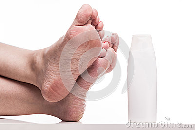 how to take care of dry skin on feet