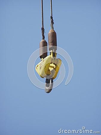 Cargo crane hook
