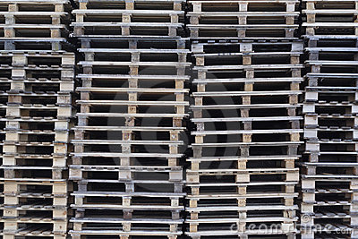 Cargo pallets, landscape format