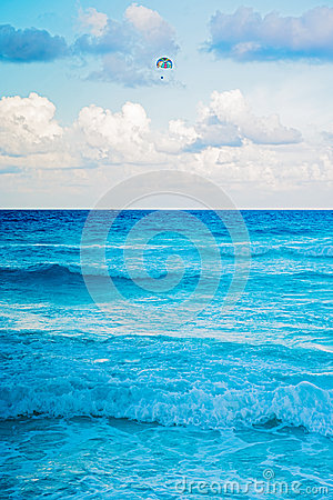 Caribbean sea in Cancun, Mexico Editorial Image