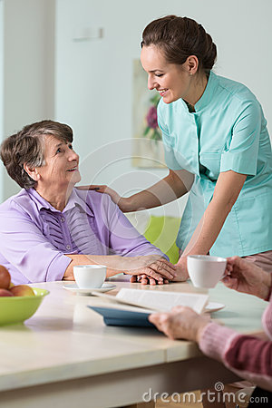 Free Caring Nurse Royalty Free Stock Photos - 55579818