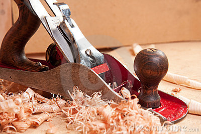 Carpentry plane and wood shavings