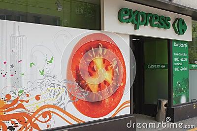 Carrefour срочный Редакционное Фото