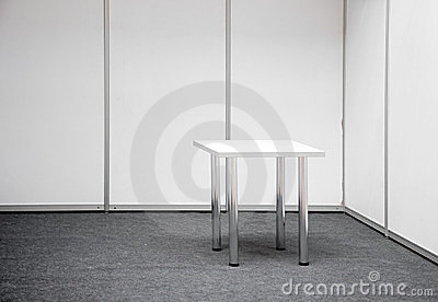 Carrinho da exposição com tabela