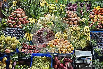 Carrinho do mercado de fruta fresca