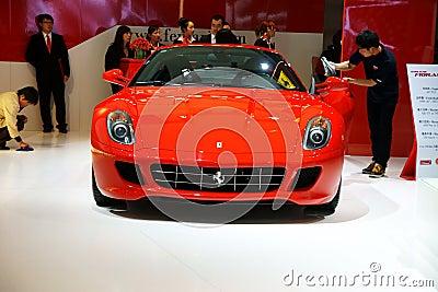 Carro de esportes vermelho de Ferrari Fotografia Editorial