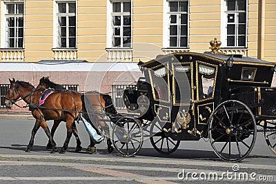 Carro del caballo, cuadrado del palacio, St Petersburg