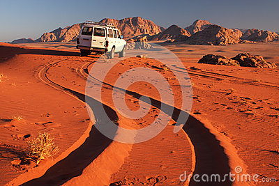 Carro do deserto Fotografia Editorial