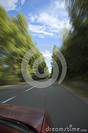 Carro que vai rapidamente
